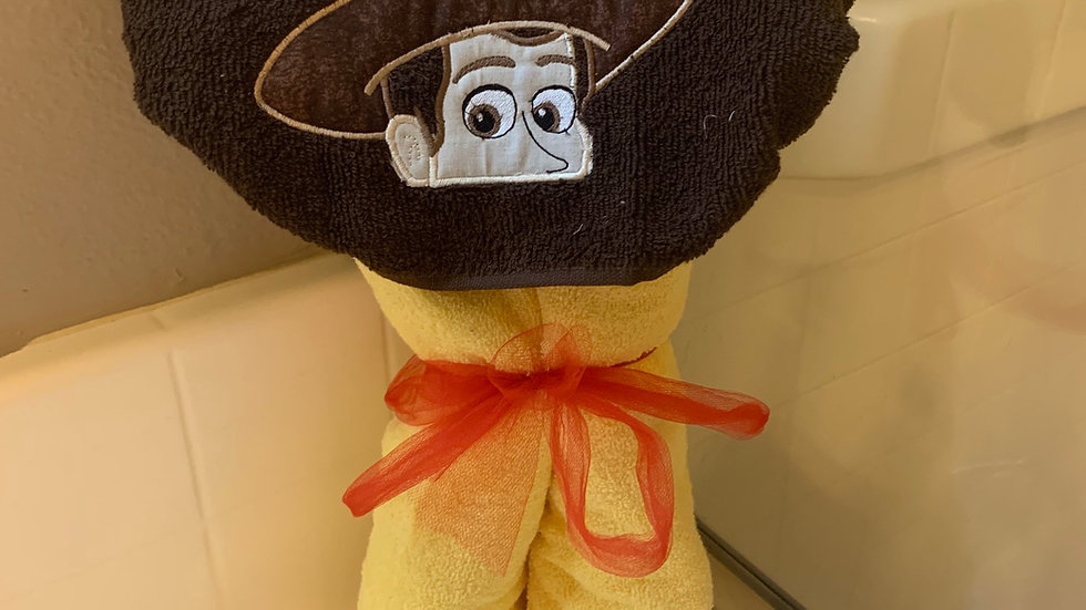 Sheriff Woody embroidered hooded towel