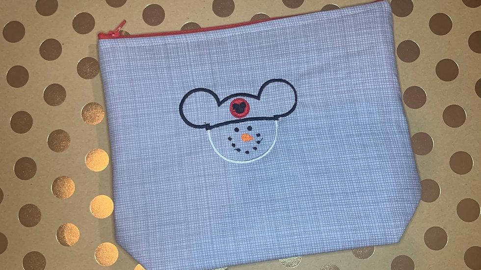 Mickey Snowman towels, makeup bag, tote bag, bl