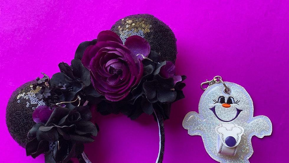 Happy ghost ear / hat holder keychain
