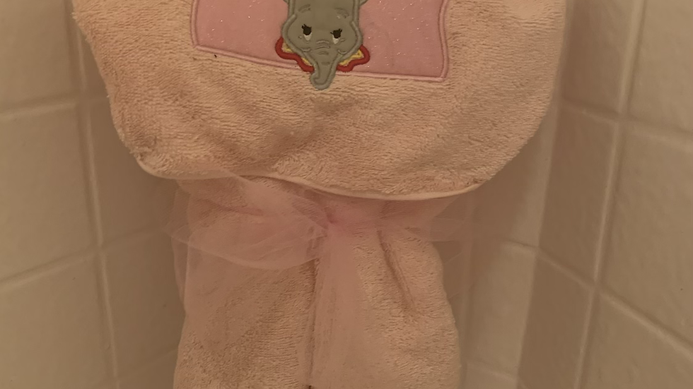 Dumbo embroidered hooded towel