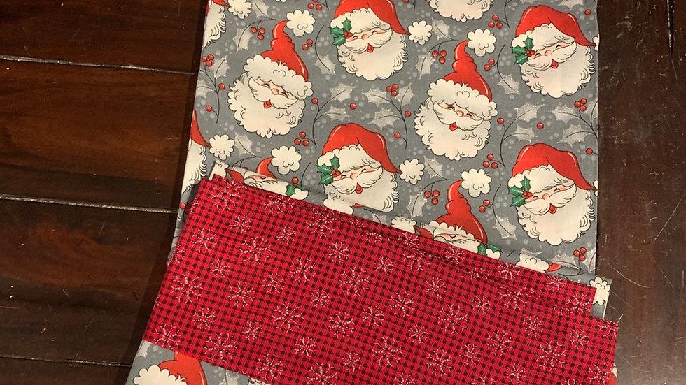 Classic Santa standard pillowcases - Free name embroidery