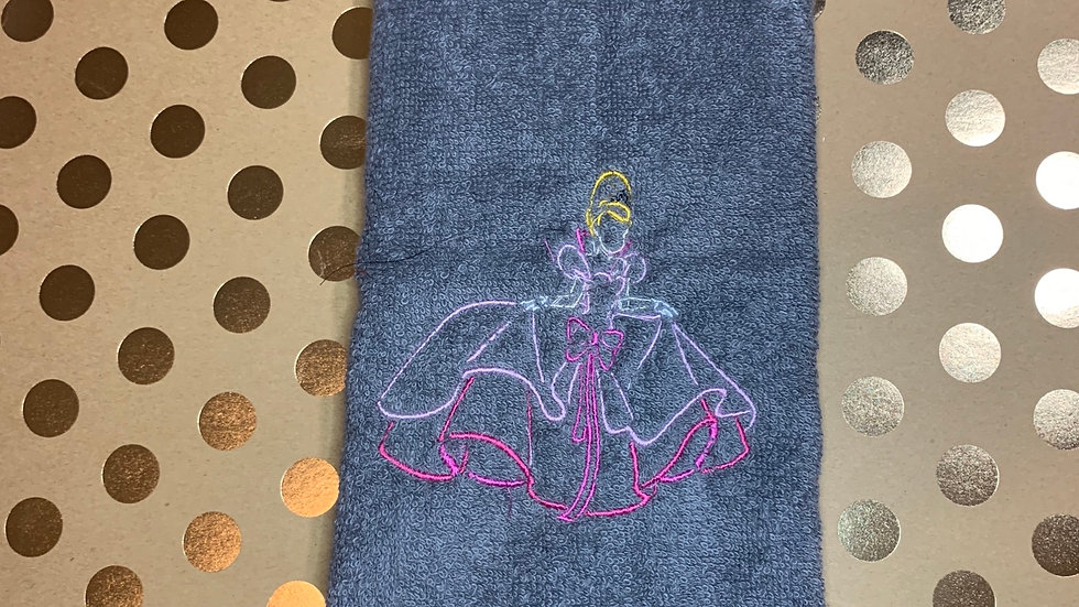 Lottie embroidered towels, blanket, makeup bag