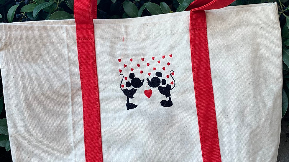 Minnie and Mickey Hearts pocket tote