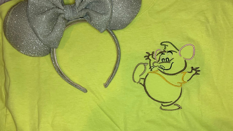 Gus Gus  embroidered t-shirt or tank top