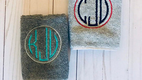 Circle monogram hand towel / bath towel / makeup bag / tote bag / blanket