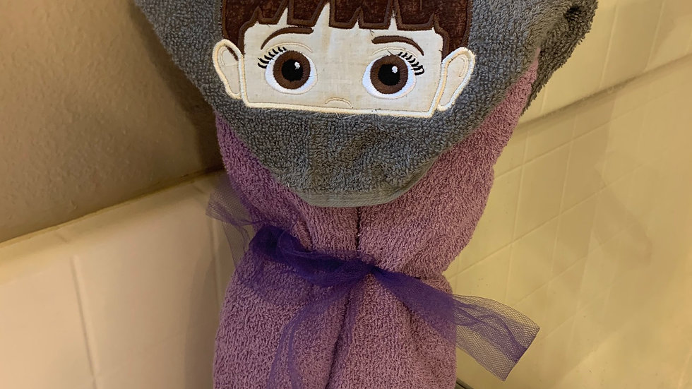 Boo embroidered hooded towel