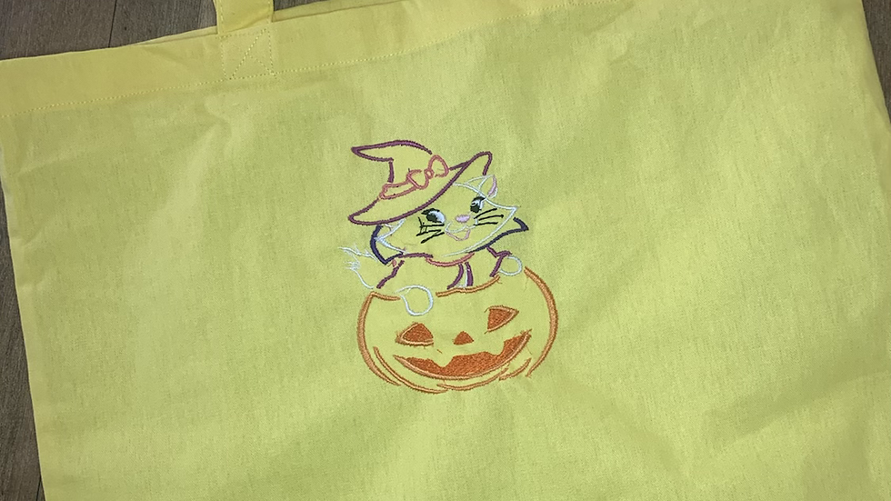 Marie Pumpkin embroidered market tote