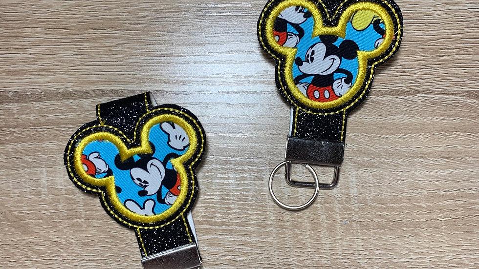 Classic Mickey Mouse Mickey head keychain