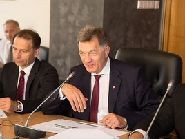 Lithuanian PM to discuss buying gas from Israel