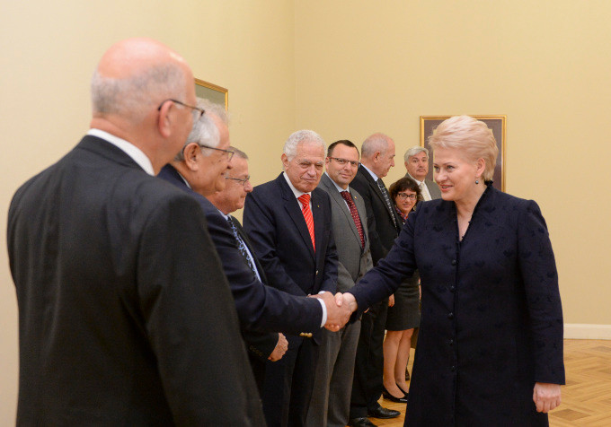 President_Dalia_Grybauskaitė_met_with_a_business_delegation_from_Israel._The_meeting_focused_on_the_prospects_for_Lithuania-Israel_cooperation_.jpg