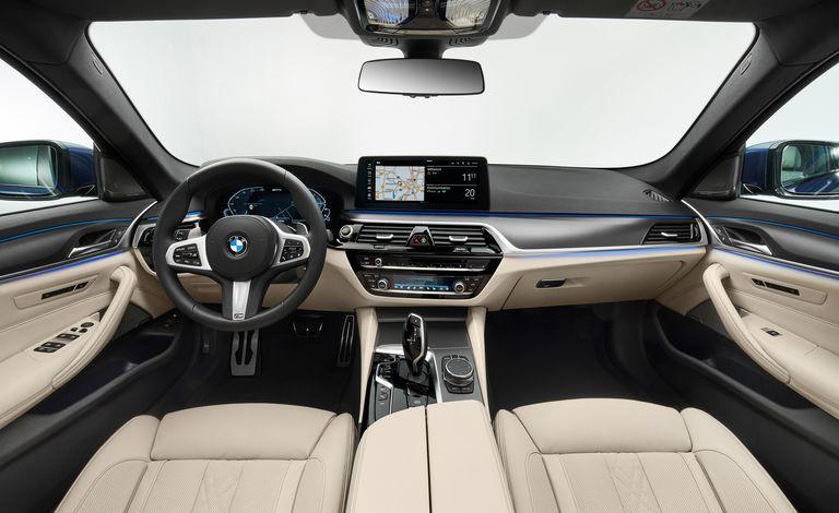 BMW 5-Series 2020