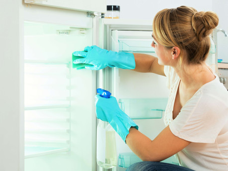 Appliances that are Dirtier than your Kitchen, That is Fridge