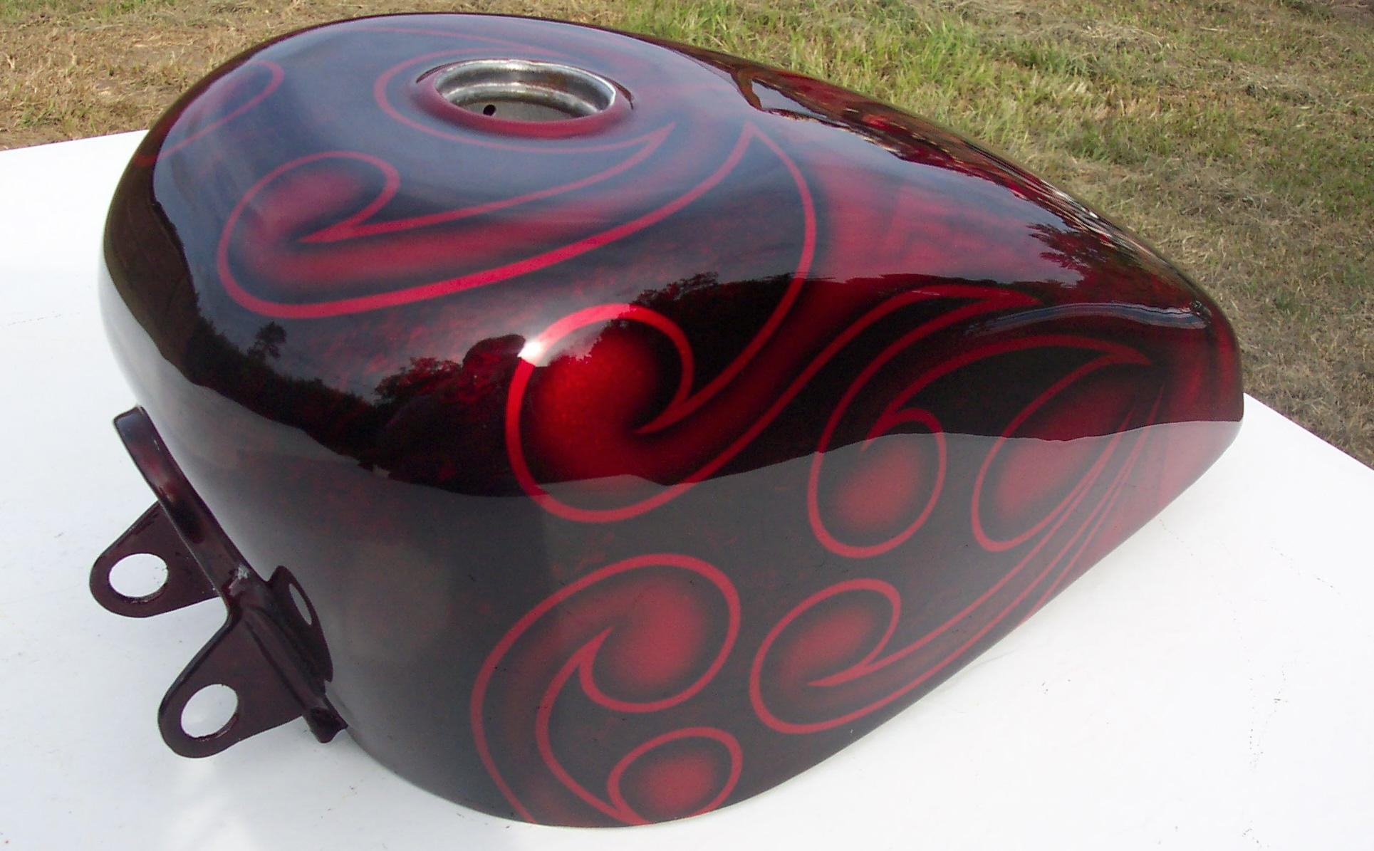 Harley-Davidson-Velvet-tribal-skull-gas-tank