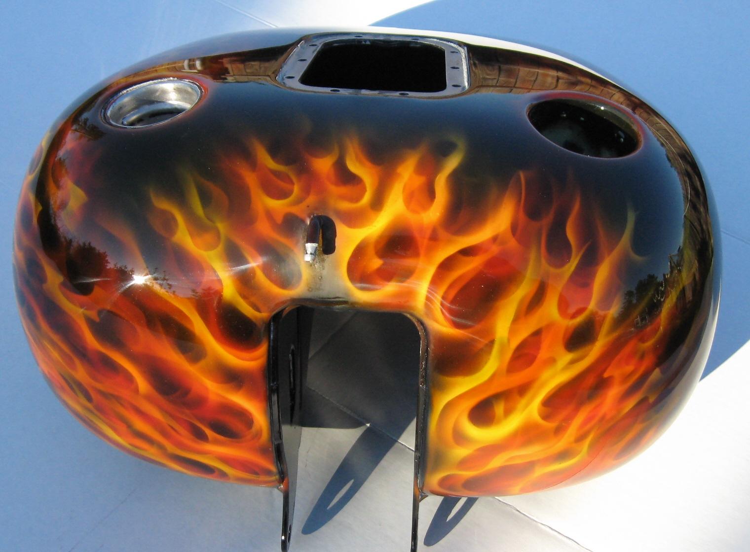 Harley-Davidson-Fantasy-True-Flame-Dragon-Skull-gastank-2