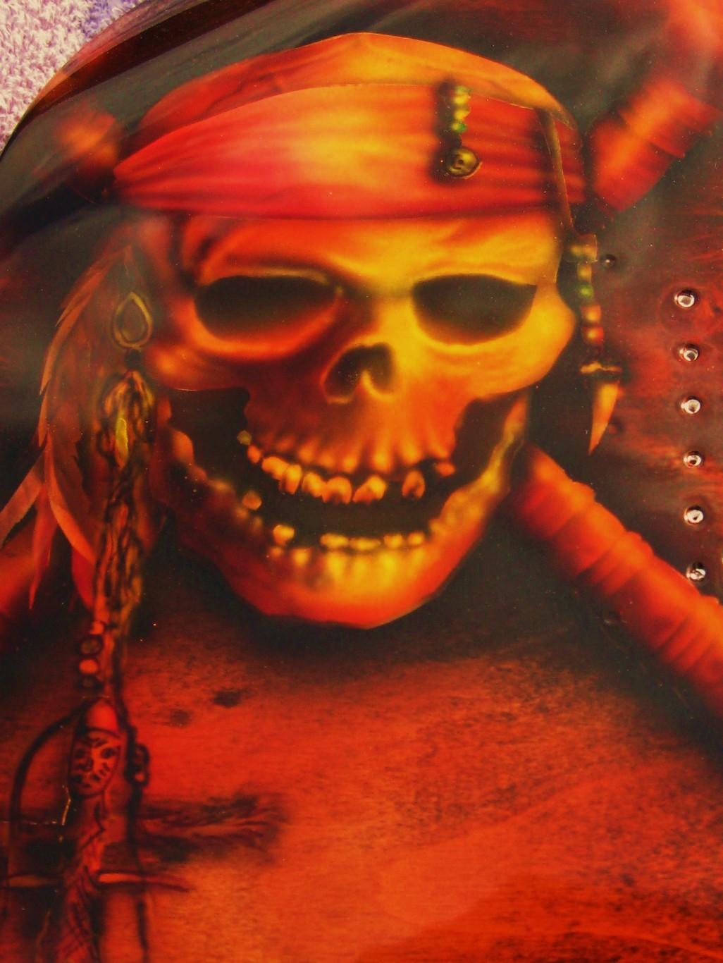 Guitar-Greg-Cassell-Ibanez-Pirate-Skull-crossbones-jolly-roger- (2)