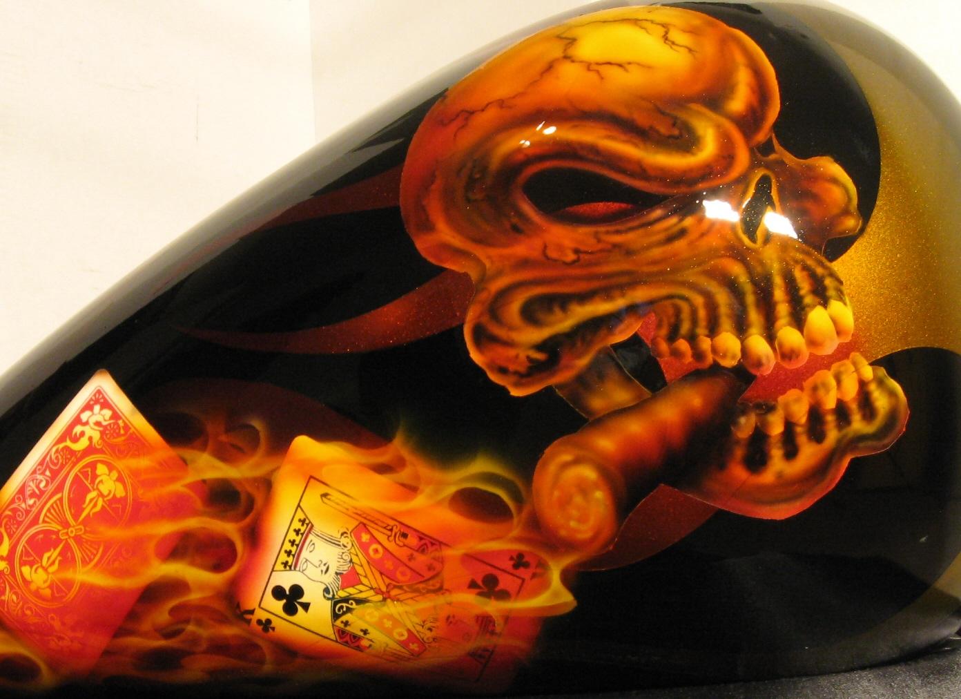 Harley-Davidson-Cards-True-Flame-Cards-Skull-Cigar-Gas-Tank-Gastank-2