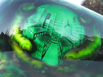 Harley-Davidson-Green-Kandy-Statue-of-liberty-Toxic-City-Gas-Tank
