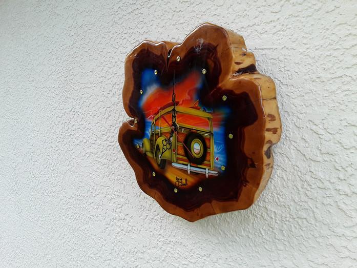 woody clock cedar airbrushed by artist greg cassell (5).jpg