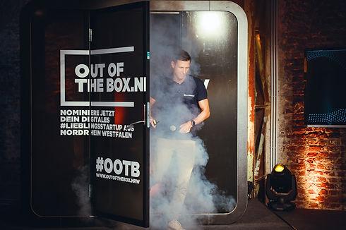 Sascha Kaczmarek beim Wettbewerb OutoftheBox 2020