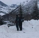 Pipi dans le neige