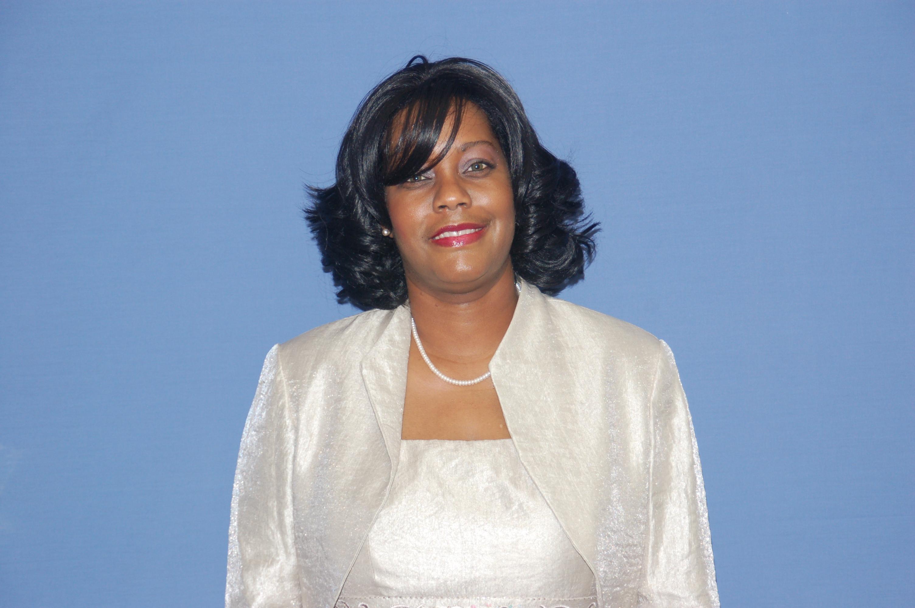 Minister Michelle Scott
