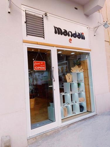 Mandali jewelry shop