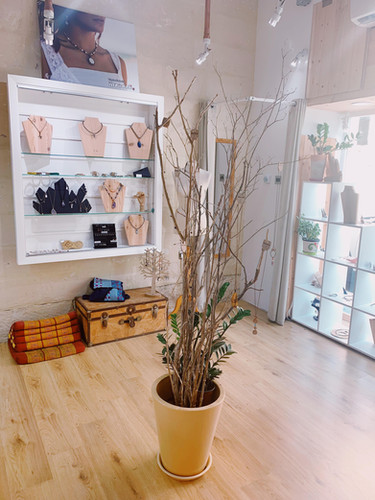 handmade jewelry shop sliema