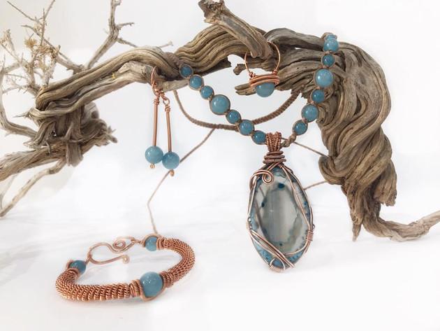 handmade necklace stone