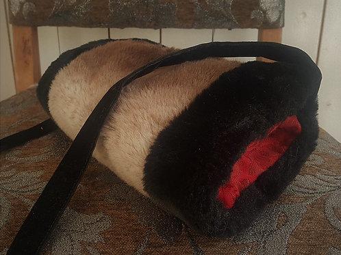 Muff in silk brocade and fake fur