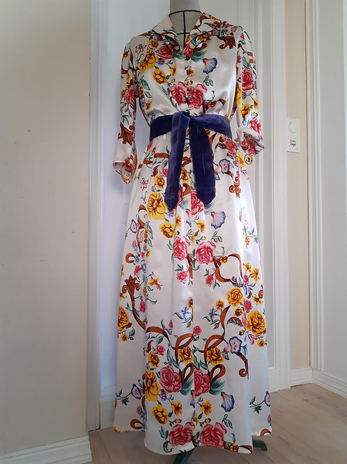Maxidress in silk, 50s style, mostly handsewn