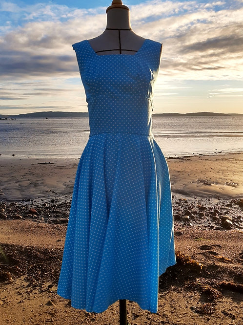 Sweet dotted blue 50s-style dress