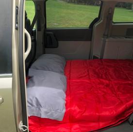 Vue intérieure avec le lit