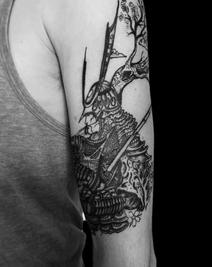 tattoo-29-00-black.png