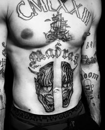 tattoo-41-00-black.png