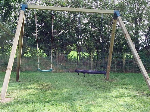 Nest seat swing set