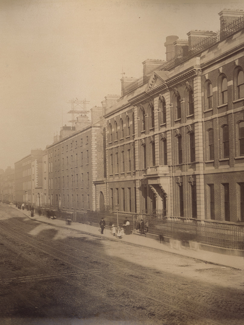 View east along James's Street, c. 1885 – 1887