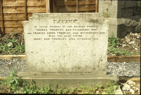 modernist headstone (T. Twamley 1934).    5/5/88