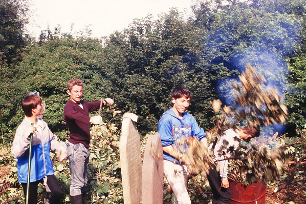 Trainees burning cut-down weeds and branches: Cathy Quinn, Donald Stokes, Kevin Dowling, George Cully 18/9/87