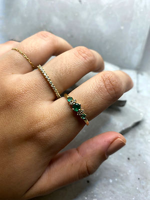 aliança esmeralda ouro 18k diamante