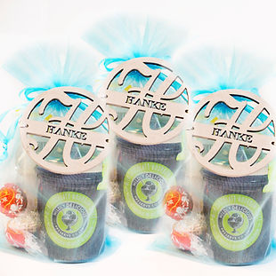 Wedding gifts or event gifts made in bulk with personalized touch