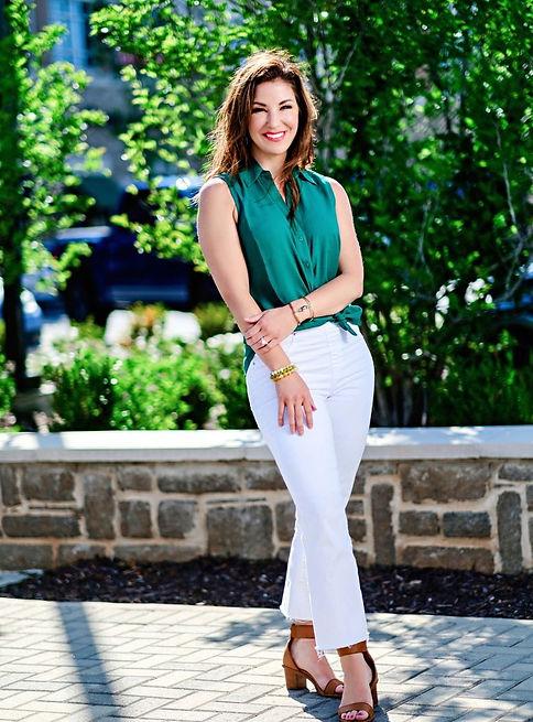 Allison-Hare-Green-Standing_edited.jpg