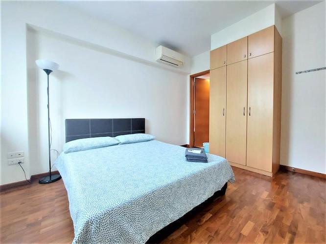Queens 2-Bedroom