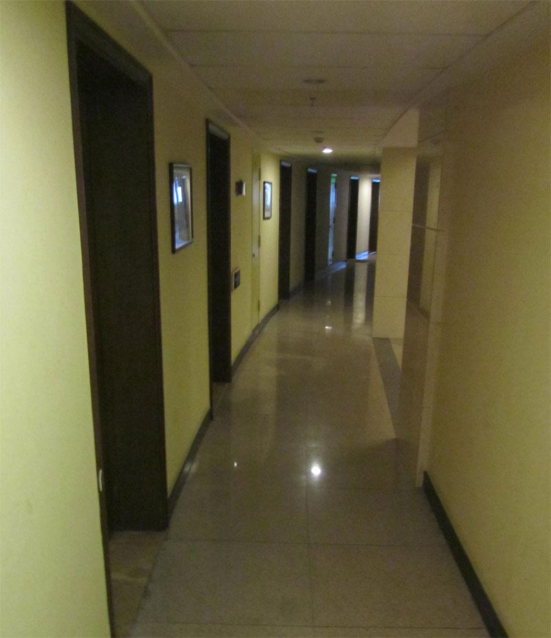 zhongshanpark-corridor