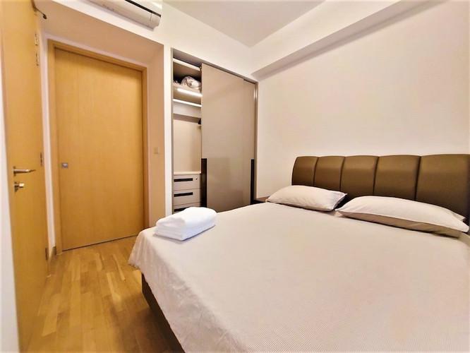 Commonwealth Towers 1-Bedroom