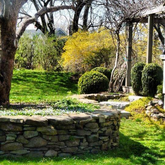 Nantucket spring garden