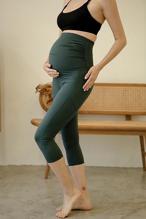 Embrace Elite Maternity Crop