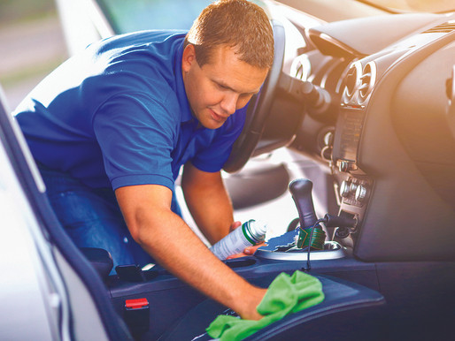 Maintaining vehicle cleanliness