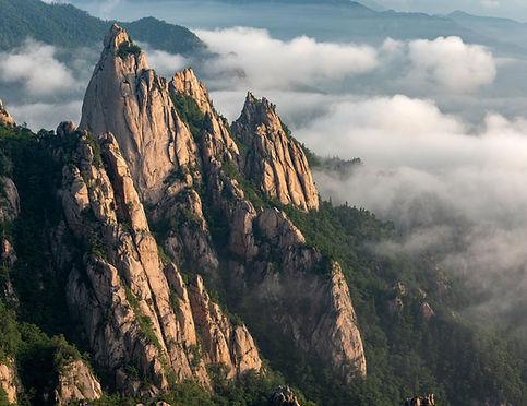 Mt. Seorak1.jpg