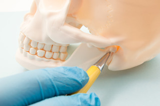 How to Identify and Treat a Fractured or Dislocated Jaw
