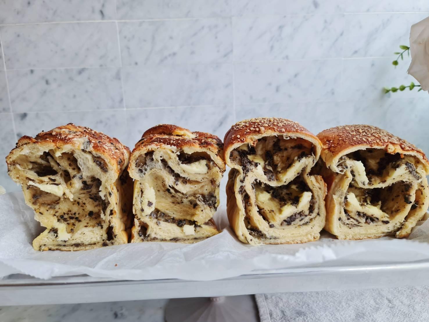 truffle loaf113829